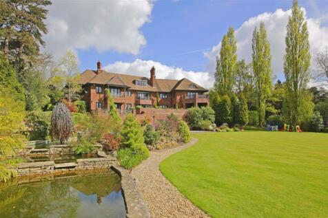 Totteridge Common, Totteridge. 8 bedroom detached house for sale