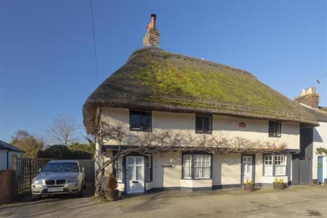 The Old Ship, High Street, Wingham. 4 bedroom detached house