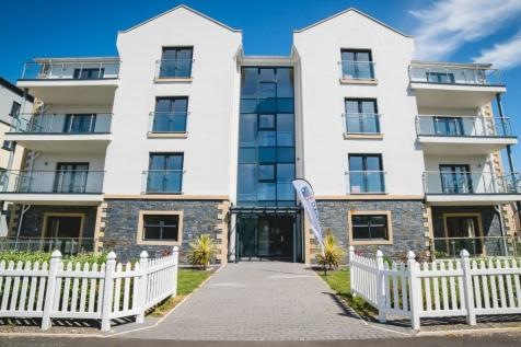 Lakeside Apartments, Park Road, Ramsey, IM8 3AR. 3 bedroom apartment for sale