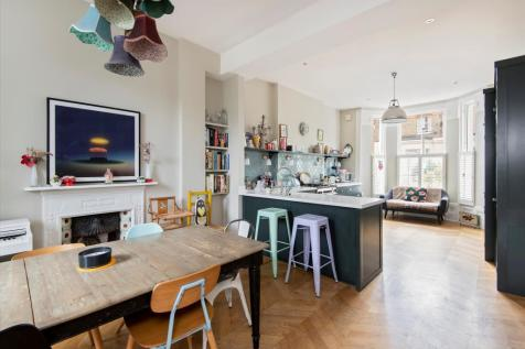 Brussels Road, Battersea, London, SW11. 6 bedroom town house