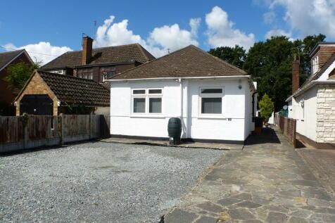 Norsey View Drive, Billericay. 3 bedroom detached bungalow