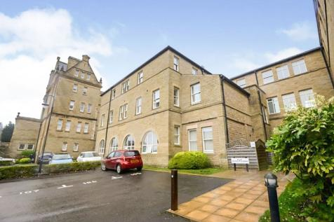 Whitaker House Apartments, Charlotte Close, Halifax, West Yorkshire, HX1. 2 bedroom flat for sale