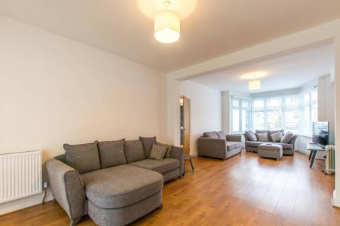 Lewes Road, North Finchley, London, N12. 5 bedroom semi-detached house for sale