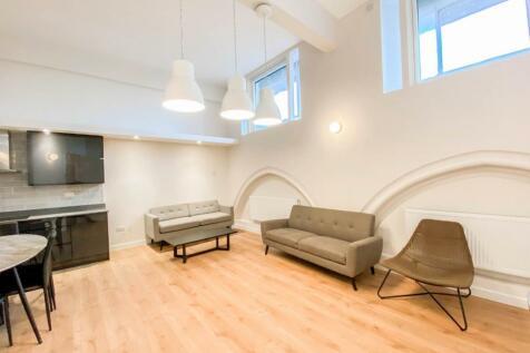 Camden Park Road, Camden. 3 bedroom apartment
