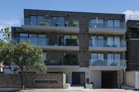 Regents Park Road, Finchley. 3 bedroom apartment for sale