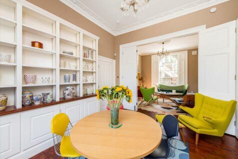 Richmond Avenue, Islington, London, N1. 4 bedroom terraced house