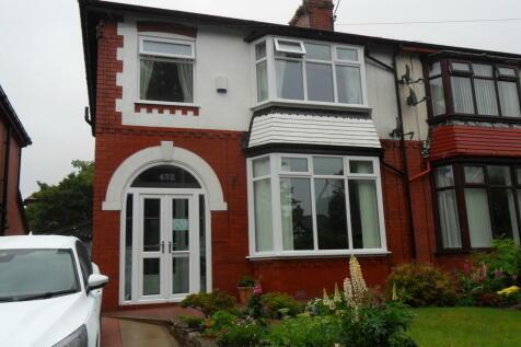 432 Burnley Lane, Chadderton. 3 bedroom semi-detached house for sale