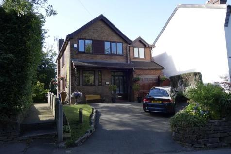 Mill Brow, Chadderton, Oldham. 4 bedroom detached house for sale