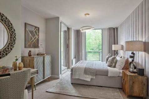 The Village Square, West Parkside, Greenwich, London, SE10 0BD. 2 bedroom apartment for sale