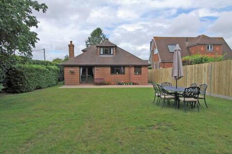 Fox Lane, Oakley. 5 bedroom detached house