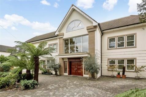 Beech Hill, Hadley Wood, Herts. 6 bedroom detached house for sale