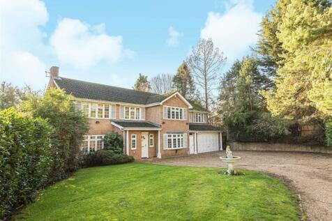 Walmar Close, Hadley Wood. 6 bedroom detached house for sale