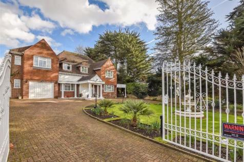 Wood Ride, Hadley Wood, Hertfordshire. 5 bedroom house for sale