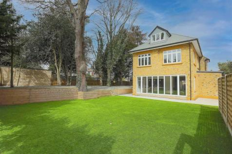 Vicars Moor Lane, Winchmore Hill property