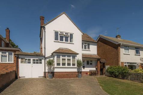 Moorfield, Canterbury. 3 bedroom detached house