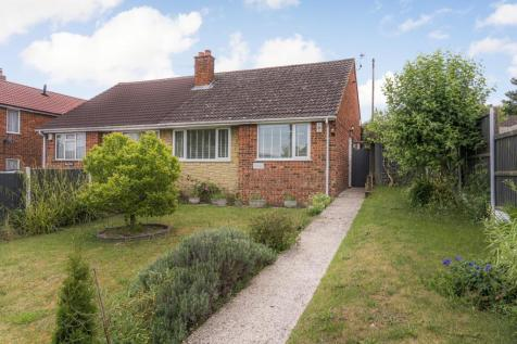 Bolts Hill, Chartham, Canterbury. 2 bedroom bungalow