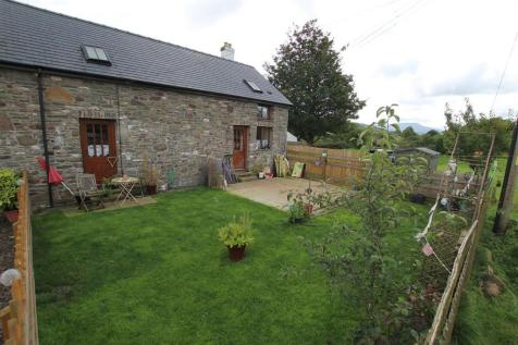 Trecastle, Brecon, LD3 8UU, Mid Wales - Semi-Detached / 2 bedroom semi-detached house for sale / £215,000