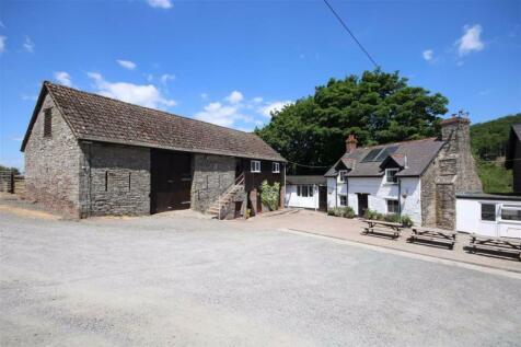 Felindre, Brecon, Powys. Farm house for sale