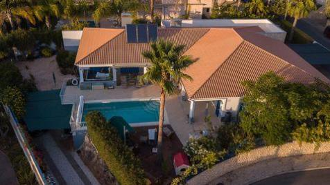 Alvor, Algarve Western, 33, Portugal. 5 bedroom villa for sale