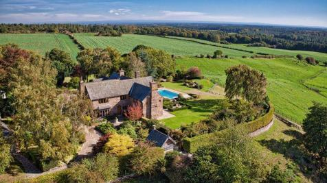 Manley, Nr. Chester, Cheshire. 6 bedroom detached house