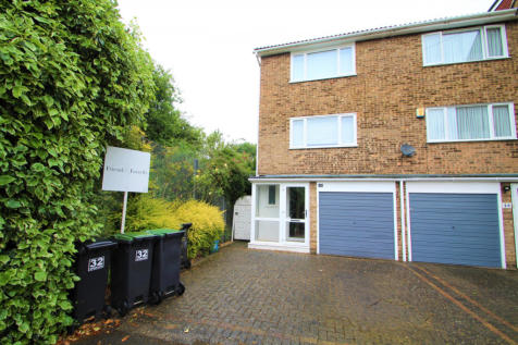 Witham Close, Loughton. 3 bedroom end of terrace house