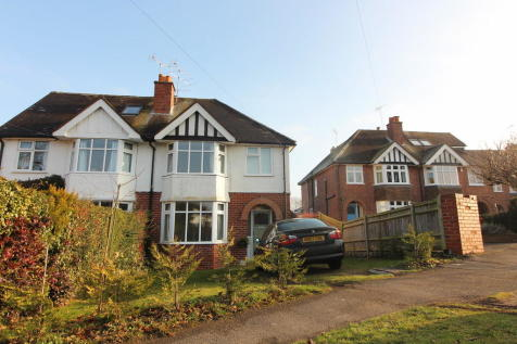 Kidmore Road, Caversham. 3 bedroom semi-detached house