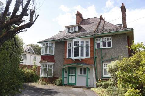 BH8 PORTCHESTER ROAD, Bournemouth. 12 bedroom house of multiple occupation