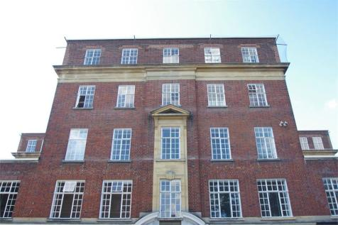 The Parade, Watford, Hertfordshire. 1 bedroom apartment