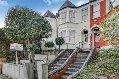 Victoria Road, London. 4 bedroom terraced house