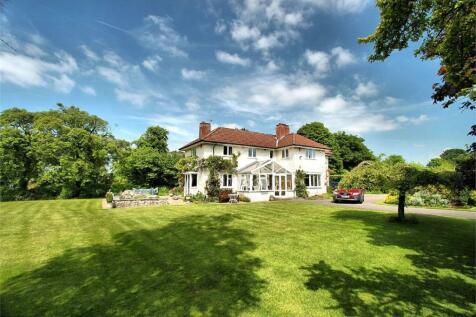 Alveston, South Gloucestershire. 5 bedroom detached house