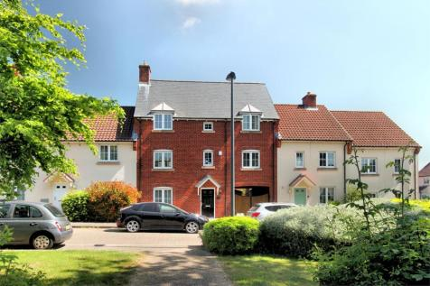 Almondsbury, South Gloucestershire. 5 bedroom town house