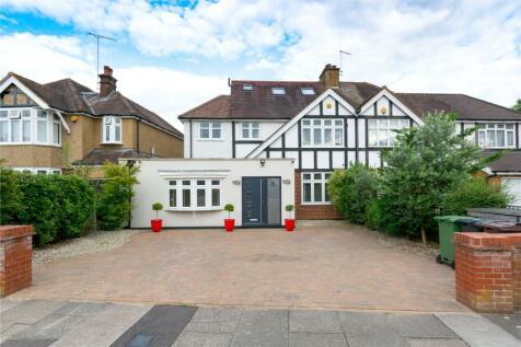 Gurney Court Road, St Albans, Hertfordshire. 4 bedroom semi-detached house for sale