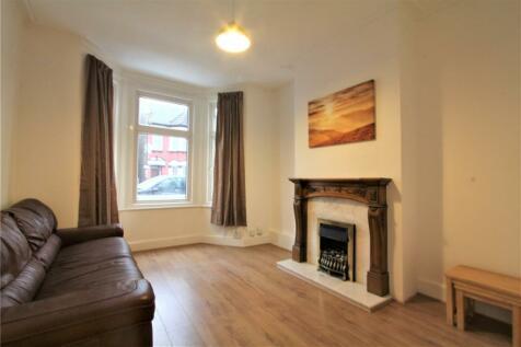 St Kildas Road, Harrow, Middlesex, HA1. 3 bedroom terraced house