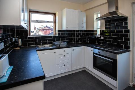 Mossley Avenue. 4 bedroom semi-detached house