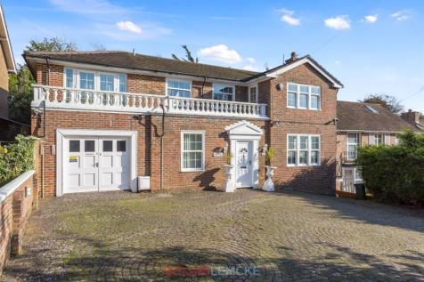 Woodland Drive, Hove. 5 bedroom detached house for sale