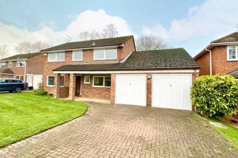 Annesley Gardens, Winnersh, Wokingham, Berkshire, RG41. 4 bedroom detached house for sale