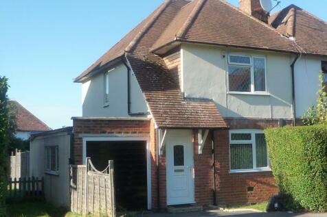 Raymond Crescent,Guildford,GU2. 4 bedroom semi-detached house