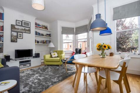 Bovill Road, SE23. 2 bedroom flat