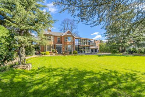 Devonshire Avenue, Beeston, Nottingham. 6 bedroom detached house for sale