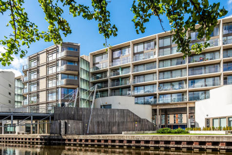 Nottingham One, Canal Street. 3 bedroom apartment for sale