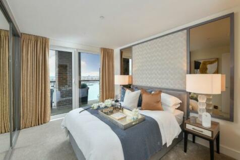 Royal Arsenal Riverside,  London,  SE18. 3 bedroom apartment
