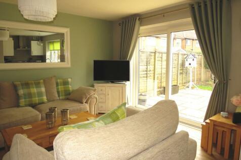 Lazy Hill, Kings Norton, B38. 2 bedroom flat