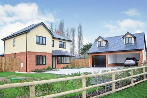 Woodhall Hill, Chignal Smealy, Chelmsford, Essex. 5 bedroom detached house