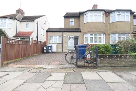 Llanvanor Road, London NW2. 1 bedroom flat