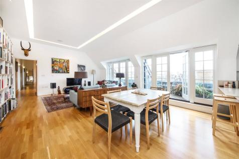 Mary Datchelor House, 2d Camberwell Grove, Camberwell, SE5. 3 bedroom penthouse