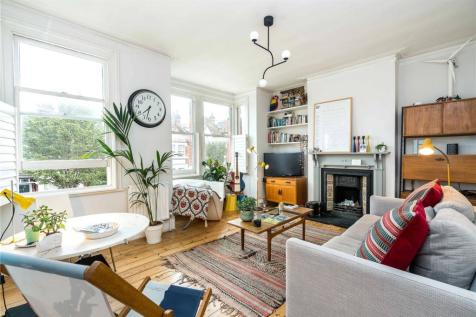 Beauval Road, East Dulwich, SE22. 2 bedroom apartment