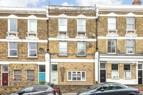 North Cross Road, East Dulwich, London, SE22. 2 bedroom duplex
