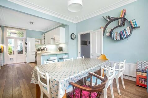 Ivydale Road, Nunhead, London, SE15. 5 bedroom terraced house for sale