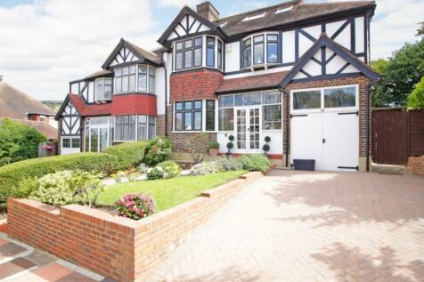 Braeside, Beckenham, Kent, BR3. 6 bedroom semi-detached house