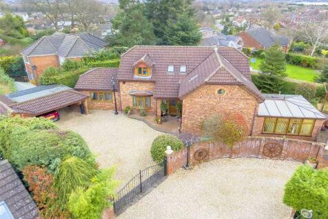 Little Acton Drive, Wrexham. 4 bedroom detached house for sale